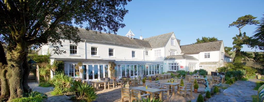 Dog Friendly Hotels in South East Cornwall