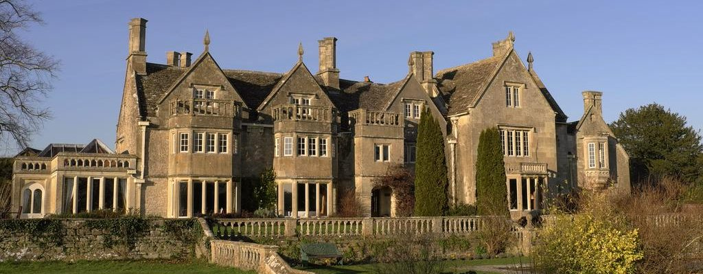 Dog Friendly Hotels in the centre of Wiltshire